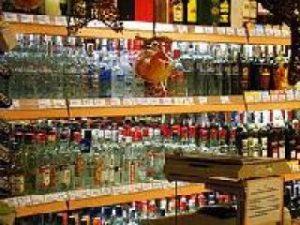 alcohol-silffoedd-gwirodydd-Silar-CCA-3.0